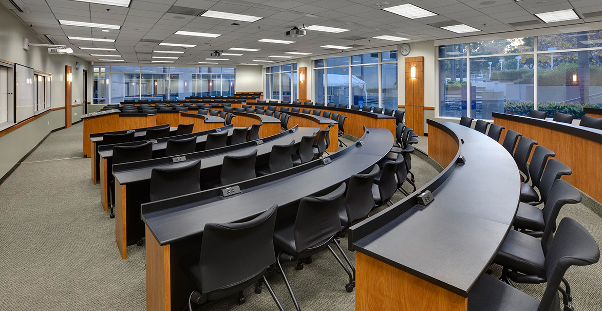 uc-irvine-sol-moot-court-classroom-1
